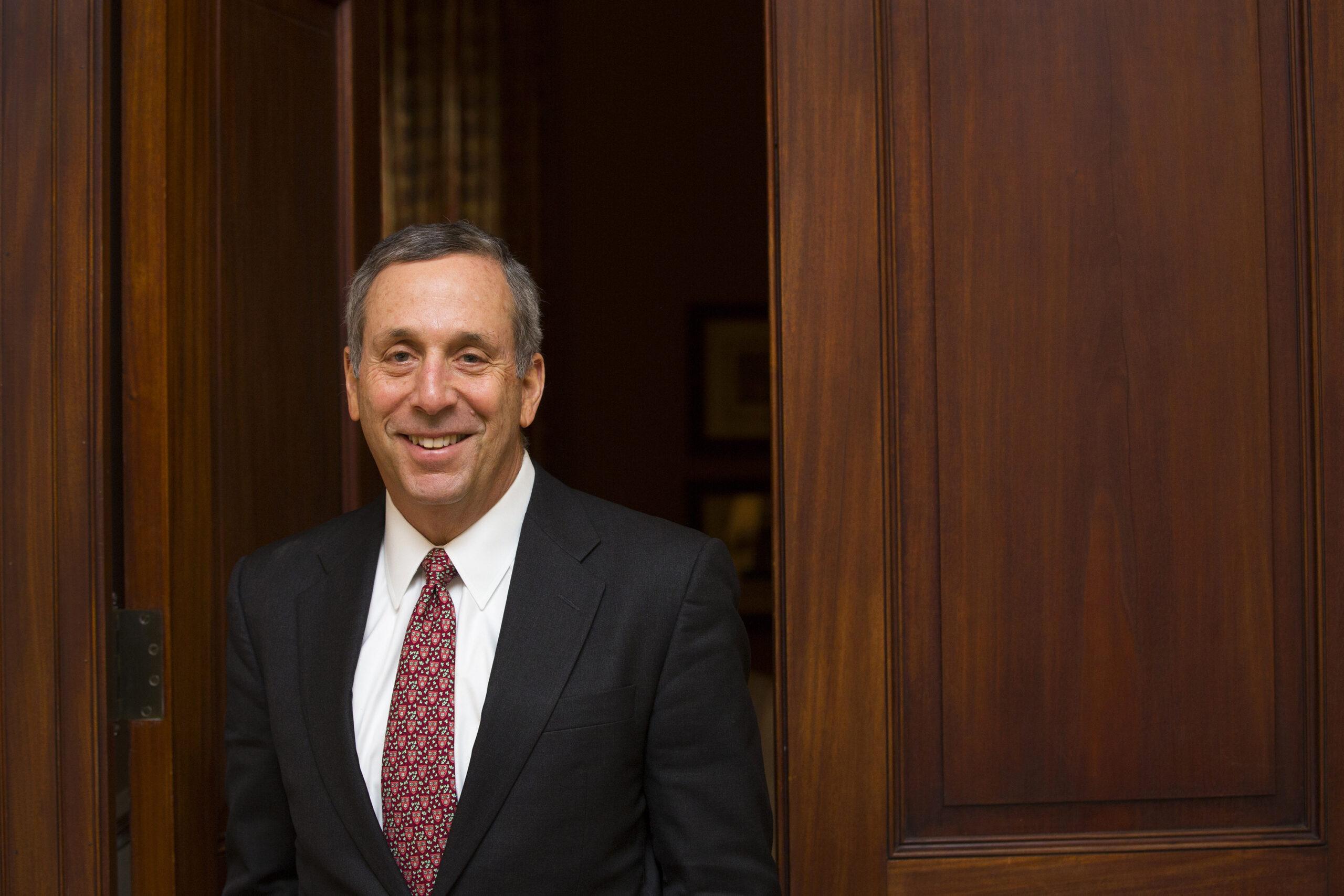 """האוניברסיטה תעניק תואר ד""""ר לשם כבוד לנשיא אוניברסיטת הרווארד, פרופ' לורנס בקאו"""